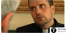 Hiszpańska diecezja: Biskup opętany przez diabła i kobietę