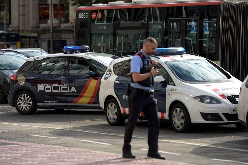 Hiszpańska policja pozostaje w ciągłej gotowości /AFP JOSEP LAGO /AFP