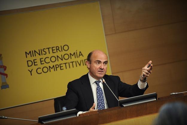 Hiszpański minister Luis de Guindos /AFP