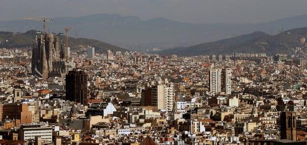 Hiszpański rząd dał 24 mln euro na badania, które mają pomóc w walce z koronawirusem