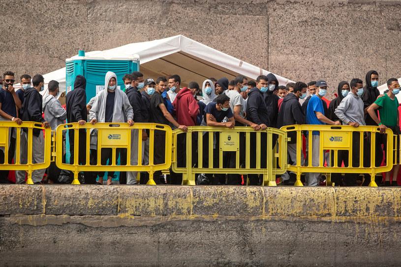 Hiszpański Trybunał Konstytucyjny uznał deportacje nielegalnych imigrantów za zgodne z konstytucją /DESIREE MARTIN /AFP
