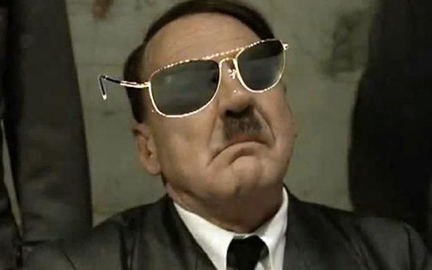 Hitler śledzi najnowsze trendy /