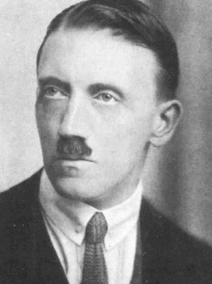 Hitler /Wikipedia