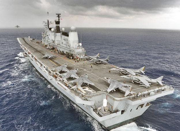 HMS Ark Royal w całej okazałości /Discovery World