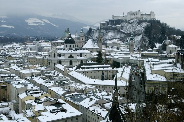 Hohensalzburg - jedna z wizytówek Austrii /AFP