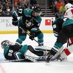 Hokeiści Anaheim Ducks po rzutach karnych pokonali Detroit Red Wings