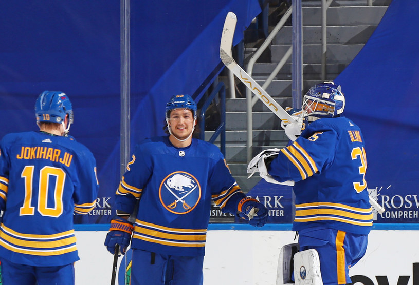 Hokeiści Buffalo Sabres /Bill Wippert /Getty Images