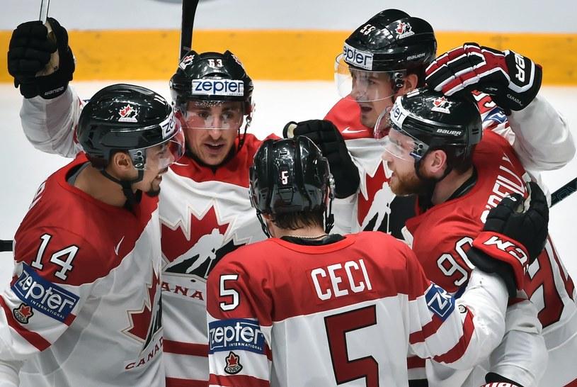 Hokeiści Kanady /AFP