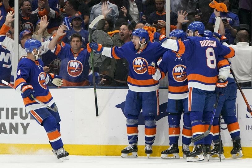 Hokeiści New York Islanders doprowadzili do siódmego meczu półfinałowego /AP/Associated Press/East News /East News