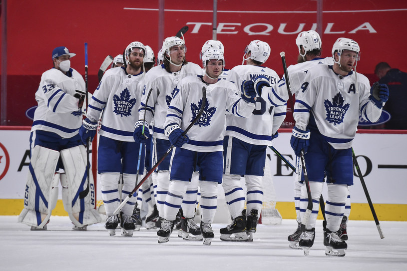 Hokeiści Toronto Maple Leafs /Minas Panagiotakis /Getty Images