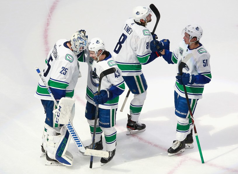 Hokeiści Vancouver Canucks triumfują /AFP