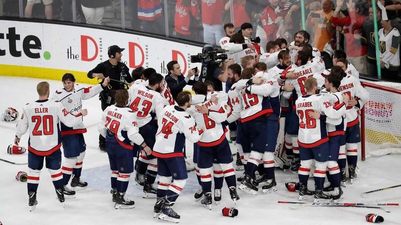 Hokeiści Washington Capitals triumfują /Getty Images