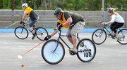 Hokej rowerowy - początki z kijami od... mioteł