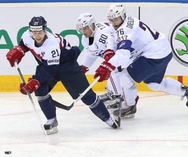 Hokejowe MŚ: Niespodziewane zwycięstwa Białorusi i Francji