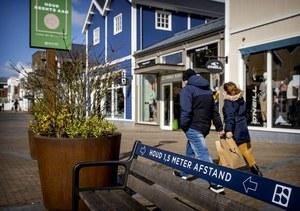 Holandia: Obywatele uważają, że obostrzenia związane z COVID-19 są nielogiczne