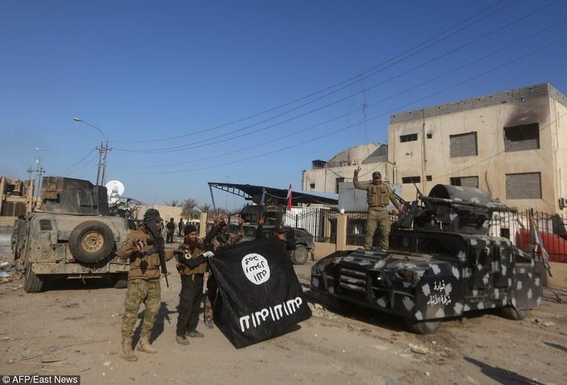 Holandia przyłączy się do walki przeciwko IS/AFP/EAST NEWS /AHMAD AL-RUBAYE /