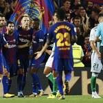 Hołd dla ofiar ataków w Hiszpanii. Wyjątkowy mecz na stadionie Camp Nou