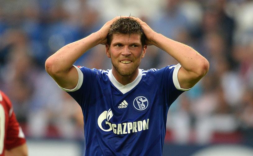 Holenderski napastnik Schalke 04 Klaas-Jan Huntelaar /AFP