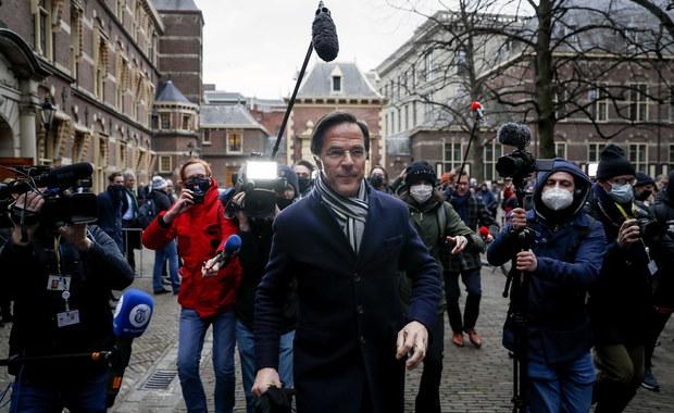 Holenderski rząd podał się do dymisji. Premier wziął odpowiedzialność za skandaliczne działania fiskusa