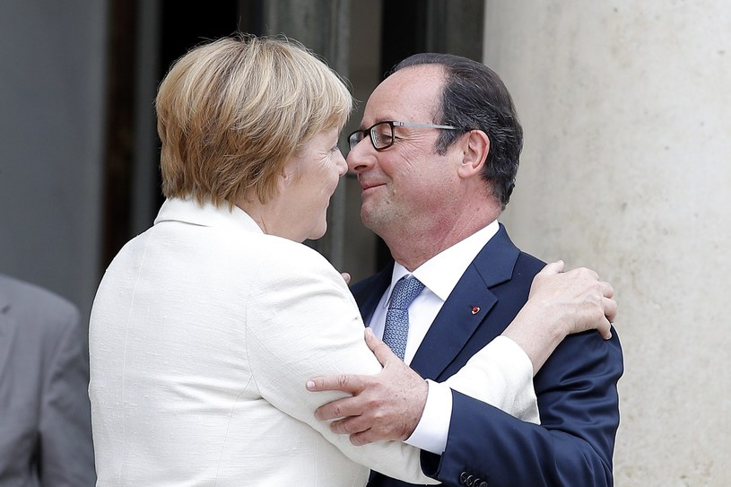 Hollande i Merkel chcą przyjęcia w Bratysławie agendy dla UE /PAP/EPA