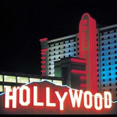 Hollywood- symbol zepsucia /
