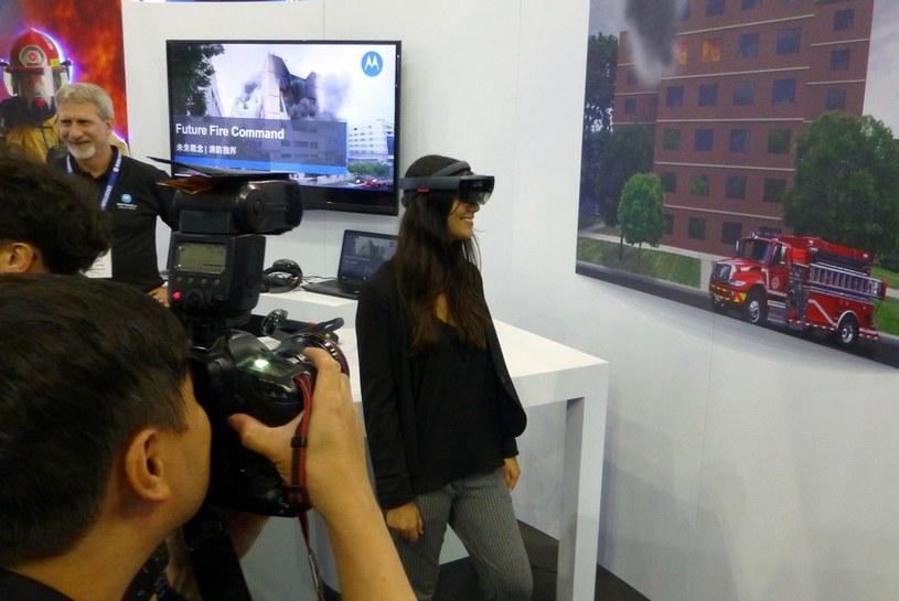 HoloLens i rzeczywistość mieszana dla straży pożarnej /materiały prasowe