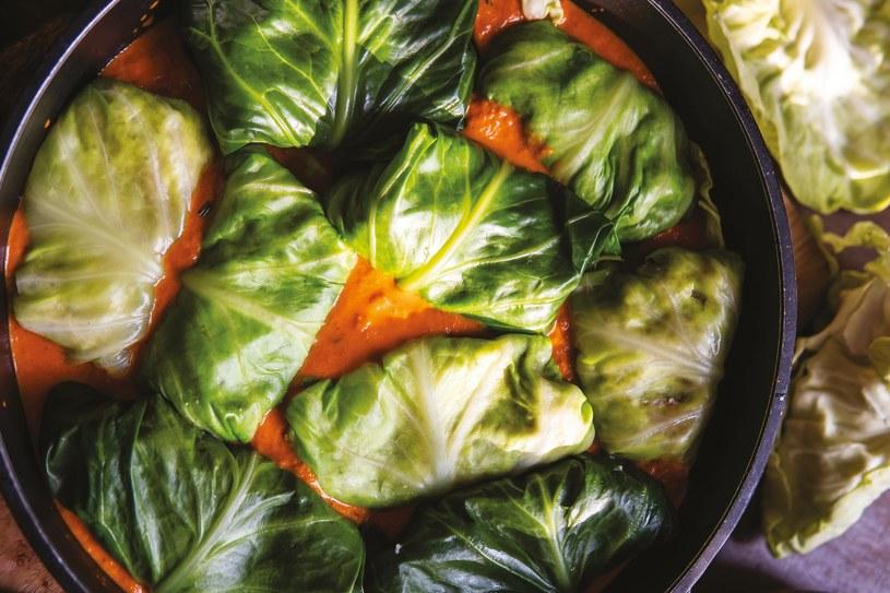 Hołubicie w pomidorowym sosie na procentach /materiały prasowe