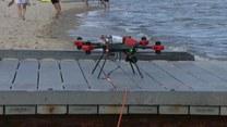 Holujący dron znalazł zastosowanie w... ratownictwie wodnym. Kąpiel w naturalnych zbiornikach wodnych będzie bezpieczniejsza?