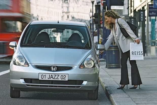 Honda Jazz doskonale sprawdza się w mieście (kliknij) /INTERIA.PL
