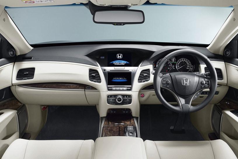 Honda Legend /