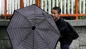 Hong Kong boi się sztormu