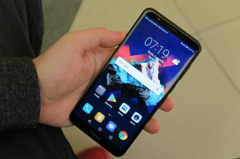 Honor 7X to bardzo popularny smartfon /INTERIA.PL