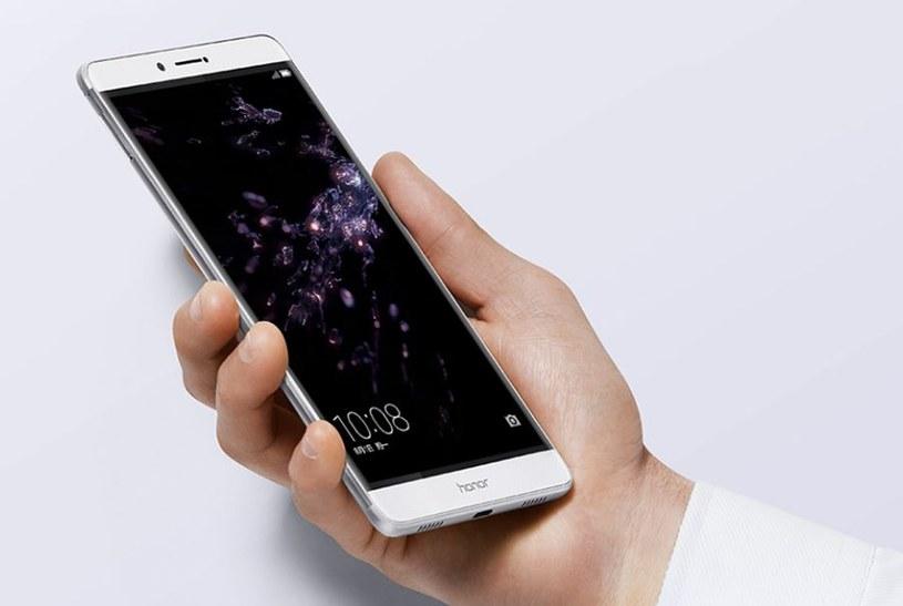 Honor Note 8 na razie dostępny jest tylko w Chinach /materiały prasowe