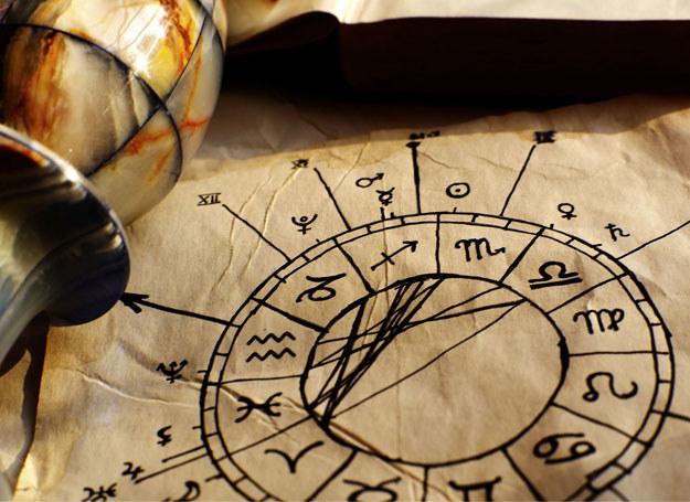 Horoskop tarotowy na 2014 /123RF/PICSEL