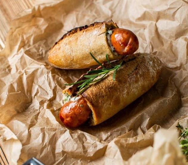 Hot dogi /materiały prasowe