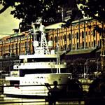 Houseboat - pływający apartament na wyciągnięcie ręki