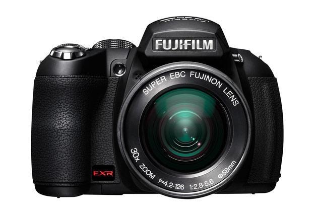 HS20 EXR to już drugi 30-krotny zoom w ofercie Fujifilm /materiały prasowe