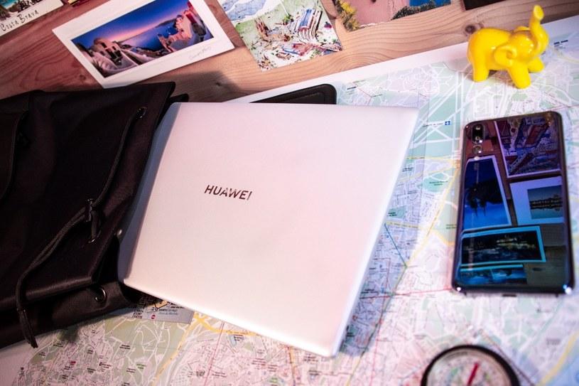 Huawei Matebook X zmieści się w nawet niewielkim plecaku /INTERIA.PL