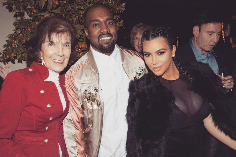 Huczne święta u Kardashianów mają ponad czterdziestoletnią tradycję /Sipa USA /East News