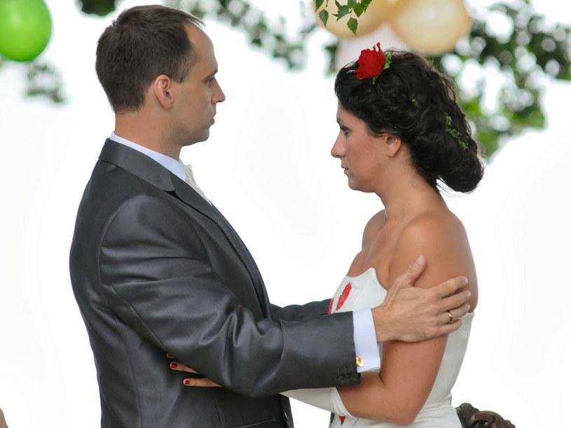 Hucznie i rystykalnie, tak robi się wesela w Pasymiu. /Agencja W. Impact