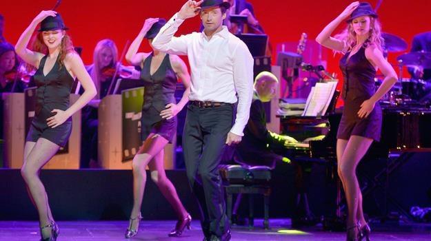 Hugh Jackman podczas urodzinowego show / fot. Charley Gallay /Getty Images/Flash Press Media