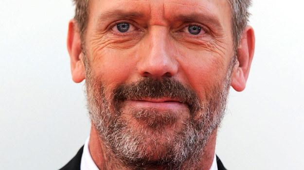 """Hugh Laurie, który z """"paskudnym geniuszem"""" żegna się definitywnie, podkreśla, że czyni to bez sprzeciwu, ale... z nutką żalu /Frazer Harrison /Getty Images"""