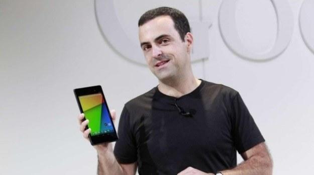 Hugo Barra przedstawiał światu oba Nexusy 7, a na tegorocznym I/O oficjalnie zaprezentował rezultat współpracy Google z Samsungiem, czyli Galaxy S4 Google Play Edition /materiały prasowe