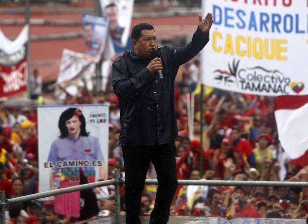 Hugo Chavez zamierza jako prezydent kontynuować wprowadzanie rewolucji socjalistycznej. /PAP/EPA