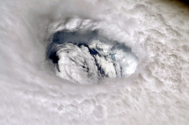 Huragan Dorian spustoszył Bahamy /NASA HANDOUT /PAP/EPA