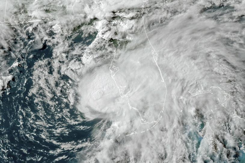 Huragan Elsa /NOAA/Associated Press /East News