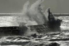 Huragan szaleje na zachodzie Europy