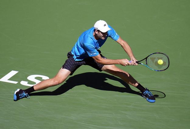 """Hurkacz za sprawą awansu do """"ósemki"""" w Indian Wells wykonał kolejny ważny krok w kierunku zapewnienia sobie udziału w turnieju ATP Finals w Turynie /RAY ACEVEDO /PAP/EPA"""