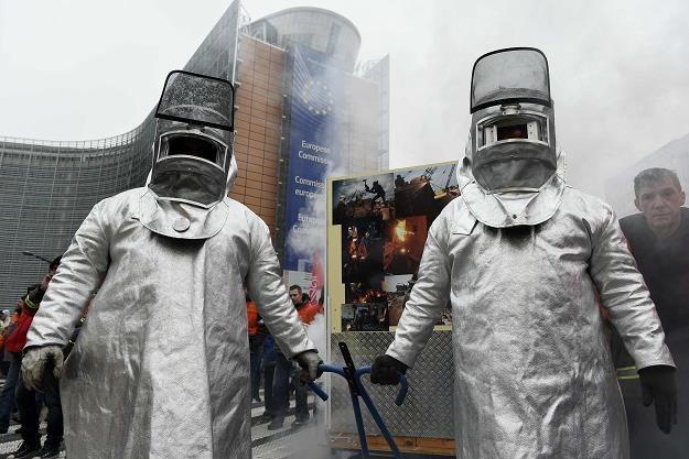 Hutnicy protestowali dzisiaj w Brukseli /AFP