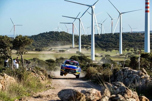 Huttunen na trasie ubiegłorocznej edycji Rajdu Sardynii /fot. Hyundai Motorsport /Materiały prasowe